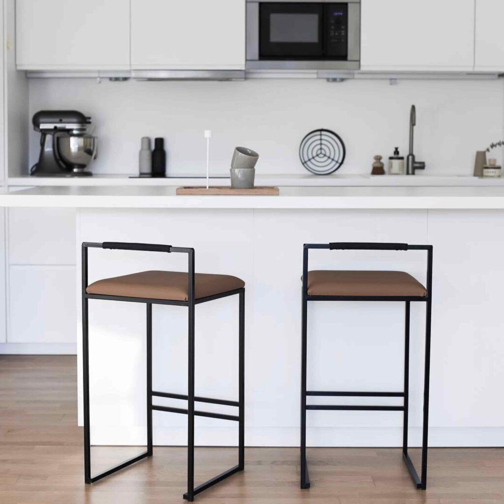 Freja barstol - chaise de bar - barstuhl - bar chair - tabouret - coffee bean sammet - leather - läder - lär - leder